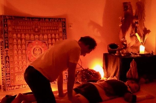 Buddhistische Geistheilung und Körperarbeit